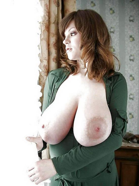огромные натуральные груди фото