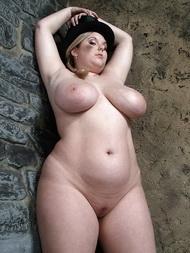 porno-konchaet-mohnatka