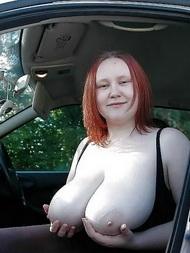 Grosse Nackte Brüste
