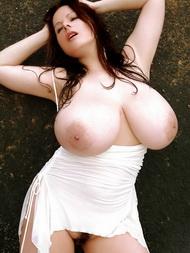 Kostenlos Große Brüste